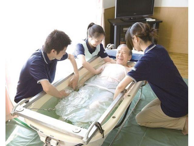 株式会社ツクイ ツクイ札幌東(訪問入浴)
