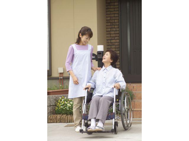 青藍会在宅医療支援センター ハートハウス成城