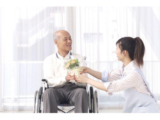 【駅徒歩3分★オンコールなしの訪問看護ステーション】