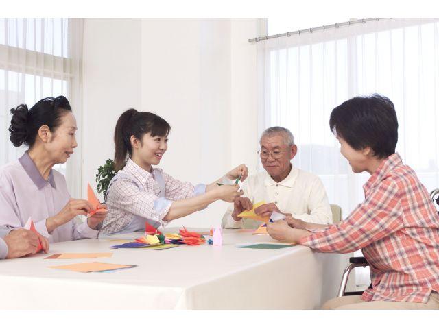 ☆六本松駅から徒歩3分とアクセス抜群☆有料での看護業務です♪
