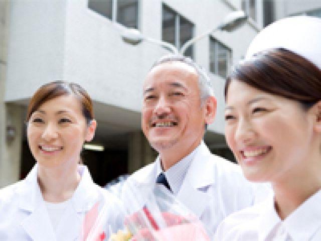 療養病棟での看護師・介護職募集◎